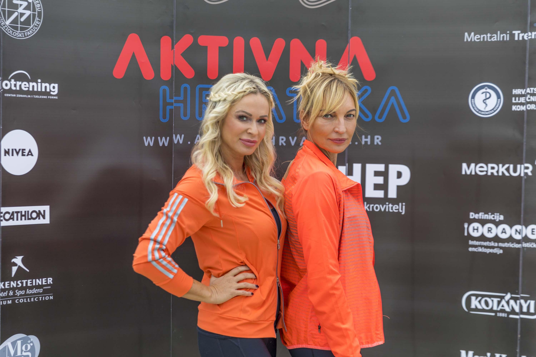 Renata Sopek, Asja Petersen